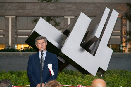 Francisco J. Riberas, president and CEO of Gestamp in front of the MU Project sculpture